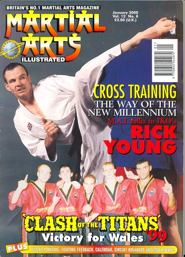 01/00 Martial Arts Illustrated (UK)